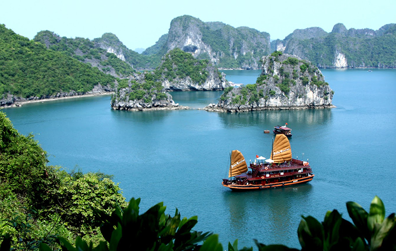 Halong Bay Cruise Tour 2Days 1 Night
