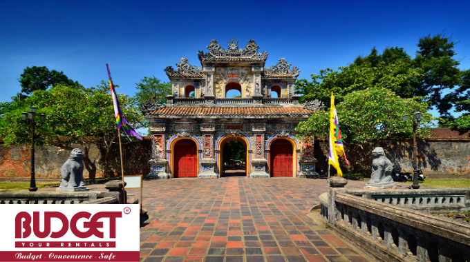 transfer to Hue from Danang airport