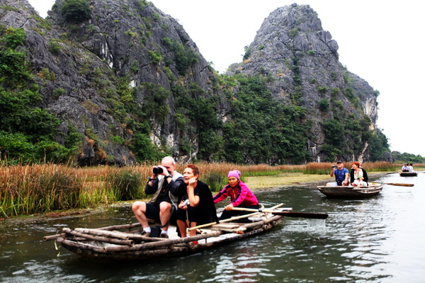 Private Car Transfers Hanoi To Ninh Binh, Ninh Binh Tour From Hanoi